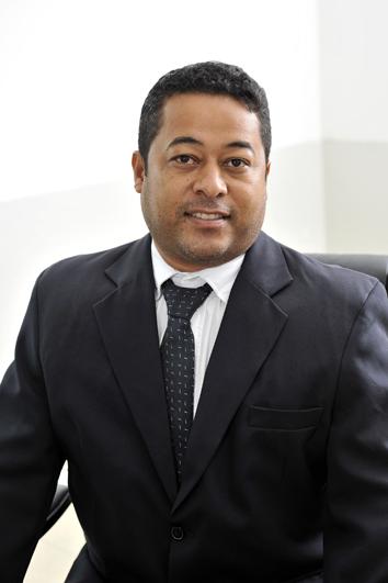 Vereador Roberto Soares CantuáÌ�rio - Roberto Kabeção